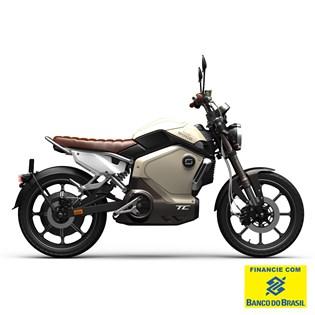 """Motocicleta Elétrica Modelo TC com Motor de 1500W até 3000W Rodas 17"""" Amarela - Super Soco"""