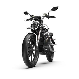 """Motocicleta Elétrica Modelo TSX com Motor de 1500W até 3000W Rodas 17"""" Preta - Super Soco"""