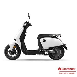 """Scooter Elétrica CU Branca - Motor de 900W até 1200W Rodas 12"""" - Super Soco"""