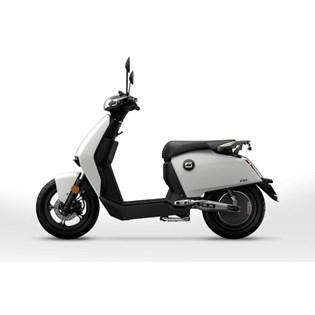 """Scooter Elétrica CUX Branca - Motor de 1300W até 2788W Rodas 12"""" - Super Soco"""