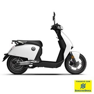 """Scooter Elétrica Modelo CUX com Motor de 1300W até 2788W Rodas 12"""" Branca - Super Soco"""